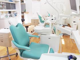 歯科全般の治療を行っています